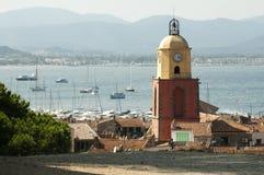 Klockatorn i St Tropez arkivbild