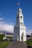 Klockatorn på PlazaPrat den huvudsakliga fyrkanten i Iquique, Chile Arkivfoton