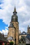Klockatornet av Dinan, Brittany, Frankrike Royaltyfri Fotografi