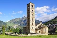 Klockstapel och kyrka St Clement av Tahull spain Fotografering för Bildbyråer