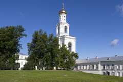 Klockstapel St George Monastery Velikiy Novgorod Arkivbilder