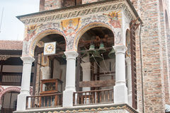 Klockstapeln av den Rila kloster i Bulgarien Royaltyfri Foto