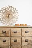 Klok en mandarins Royalty-vrije Stock Afbeelding