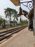 Klok op railstation Stock Afbeelding