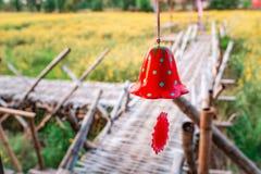 Klok, rode aardbei royalty-vrije stock afbeelding