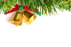 Klokken met Kerstmisdecoratie op witte achtergrond wordt geïsoleerd die Royalty-vrije Stock Afbeeldingen