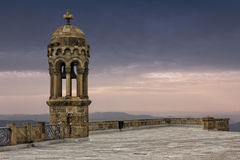 Klokketoren bovenop Tibidabo-berg Stock Foto