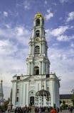 Klokketoren in drievuldigheid-Sergius Lavra stock fotografie