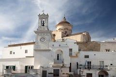 Klokketoren met klok in Pisticci-Zuid-Italië Royalty-vrije Stock Afbeelding