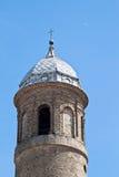 Klokketoren van de basiliek van San Vitale royalty-vrije stock foto
