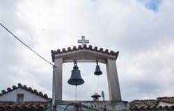 Klokketoren van de kleine kerk in Plaka-district athene royalty-vrije stock afbeelding