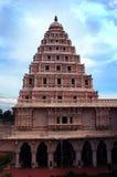 Klokketoren van het paleis van thanjavurmaratha met hemel Royalty-vrije Stock Foto's