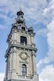 Klokketoren van Mons in België. stock fotografie