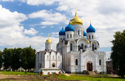 Klooster in het gebied van Moskou stock afbeelding