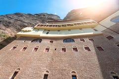 Klooster Megaspilio, Griekenland royalty-vrije stock afbeeldingen