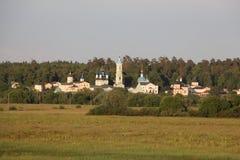 Klooster op het gebied Stock Afbeelding