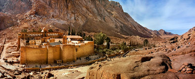 Klooster op schiereiland Sinaisky. Royalty-vrije Stock Fotografie