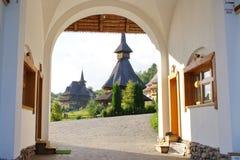 Klooster in Roemenië Stock Afbeeldingen