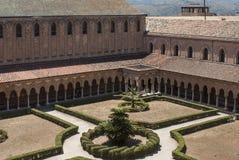Klooster van de kathedraal van monreale Palermo Sicilië Italië Europa Stock Afbeelding