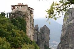 Kloster auf dem Felsen lizenzfreie stockbilder