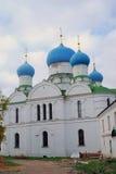 Kloster av epiphanyen i Uglich, Ryssland Royaltyfri Foto
