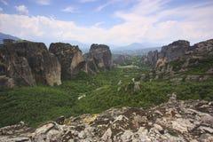 Kloster av Meteora och vaggar - Grekland Royaltyfri Foto