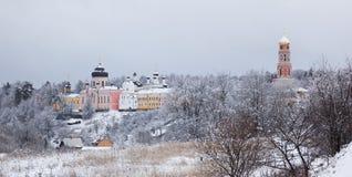 Kloster Davidova Pustin. Chekhov. Ryssland. Fotografering för Bildbyråer