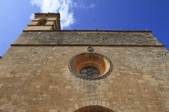 Kloster de Sant Bernadà i hjärtan av Petra-byn, Mallorca, Spanien royaltyfria bilder