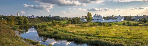Kloster der Fürbitte-(Pokrovsky) in Suzdal Russland Lizenzfreies Stockfoto