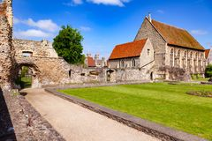 Kloster för St Augustines Abbey Benedictine återstår i Canterbury Royaltyfria Bilder