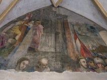 Kloster i den Franciscan kyrkan i Bolzano arkivbild