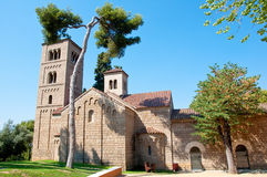 Kloster i den roman stättan. Poblen Espanyol. Barcelona. Arkivbilder