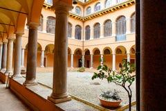 Kloster i San Pietro i den Montorio kyrkan i Rome royaltyfria foton