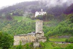 Kloster Marienberg和Furstenburg。Burgeis 库存图片