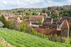 Kloster Maulbronn von der Außenseite am teils bewölkten Tag lizenzfreie stockbilder