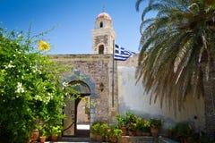 kloster Moni Toplou för 15th århundrade på Crete Royaltyfri Bild