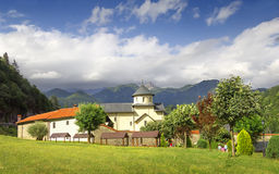 Kloster Moraca montenegro lizenzfreie stockfotos