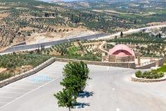 Kloster (munkkloster) i den Messara dalen på Kretaön i Grekland Arkivfoto