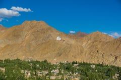 Kloster Namgyal Tsemo, Leh Ladakh Licht und Schatten vom Sonnenuntergang Lizenzfreie Stockbilder