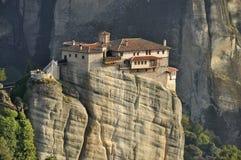 Kloster på Meteora i Grekland Arkivbild