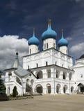 Kloster Serpukhov Vysotsky Stockfotos