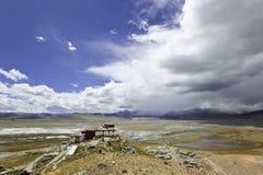 kloster som samding tibet arkivbilder
