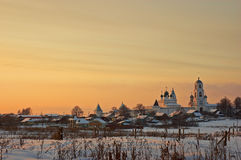 Kloster am Sonnenuntergang. Stockfotos