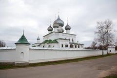 Kloster in Uglich, Russland Lizenzfreies Stockfoto