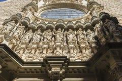 Klosterbroder stenfasad av den Montserrat klosterdomkyrkan in Royaltyfri Fotografi
