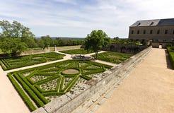 Klostergärten lizenzfreie stockfotos