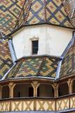 Klosterhärbärgar de dieu i Beaune, Burgundy Royaltyfri Fotografi
