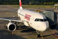 Kloten-Flughafen oder internationaler Flughafen Zürichs Stockfotografie