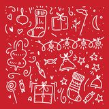Klotterbeståndsdelar för lyckligt nytt år och för glad jul vektor Hand isolerad dragen illustration royaltyfri illustrationer