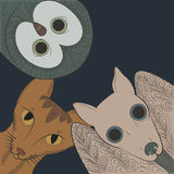 Klotterslagträ, katt och ugglahuvud Nattdjur Zen Tangle Arkivbild